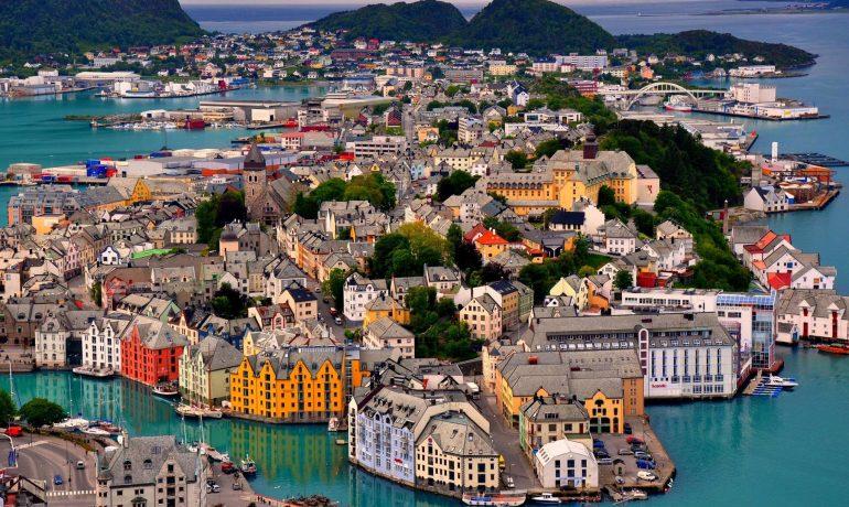 Олесунн, Норвегия. Город, возродившийся из пепла