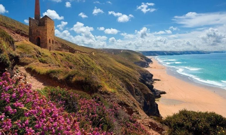 Захватывающие пейзажи побережья Корнуолла
