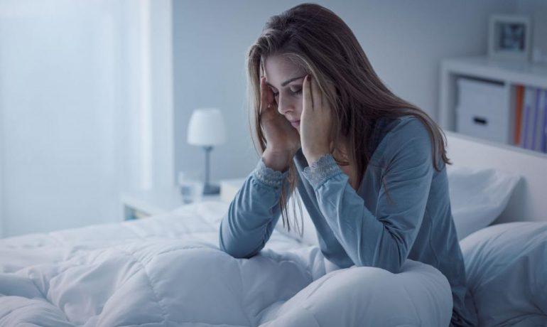 Проблема со сном и чрезмерная сонливость: диета и травы для здорового сна