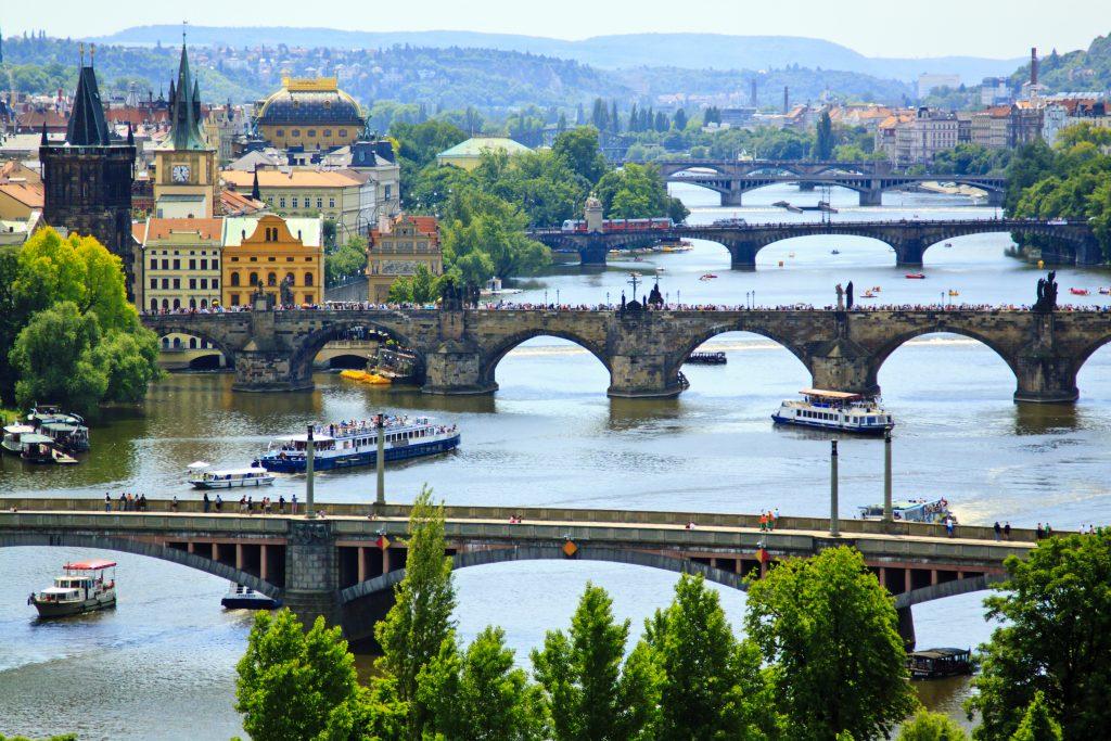 ТОП-10 самых романтичных городов для путешествия