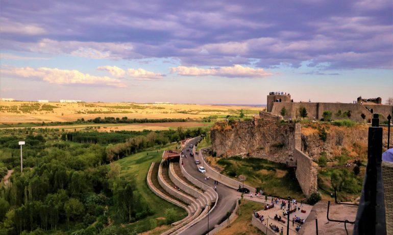 Крепость Диярбакыр и культурный ландшафт садов Хевсель, Турция