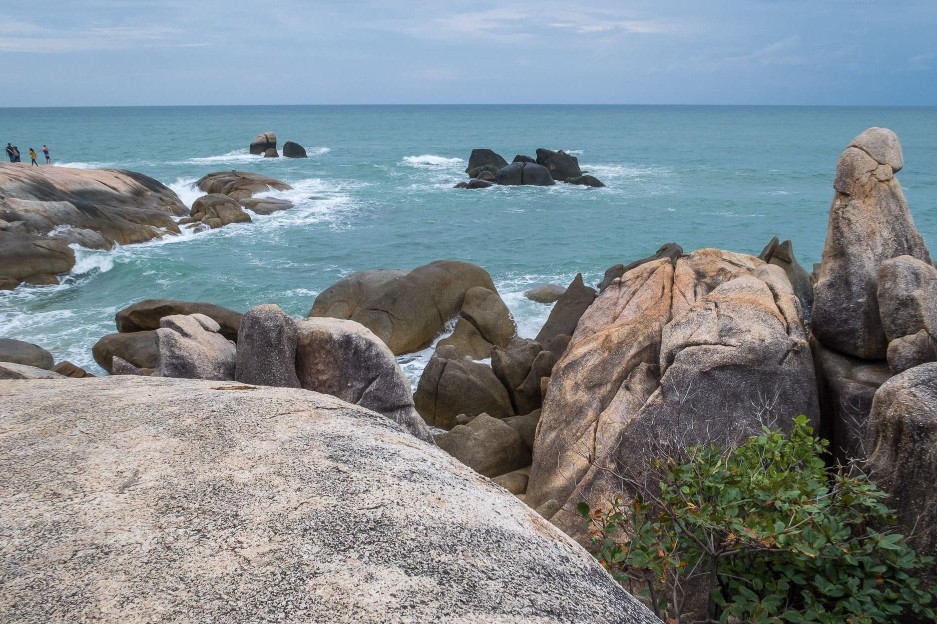 Скалы бабушка и дедушка: главное чудо природы на острове Самуи, Тайланд