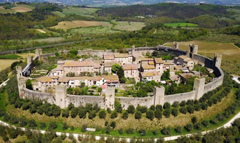 Монтериджони: средневековый уголок Италии