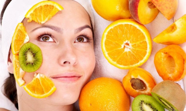 Витамин С для лица: как его использовать, действие и эффект