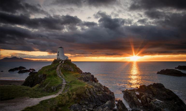 Побег на Валлийские острова