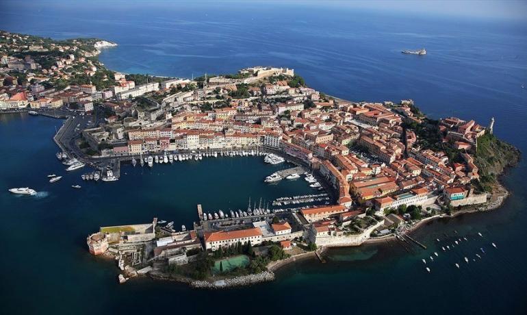 Остров Эльба: красивая природа и место заточения Наполеона