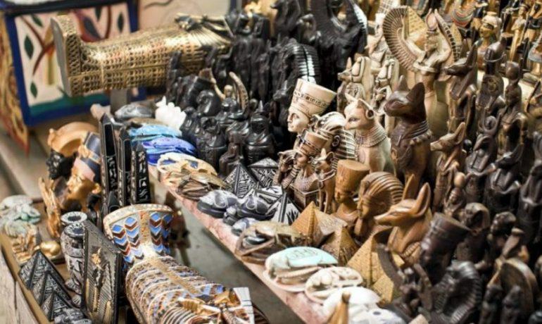 Радуем и удивляем: что привезти из Египта себе и в подарок