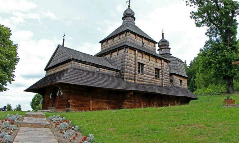 Деревянные церкви Карпатского региона Польши и Украины