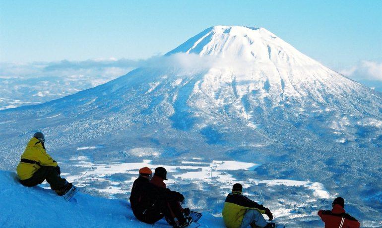 Нисэко, Япония: место зимнего отдыха в Азии