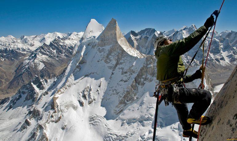 Покорение горных вершин или экстремальный альпинизм