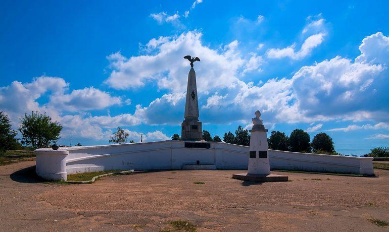 Достопримечательности Крыма: памятник Воинам 3-го бастиона в Севастополе