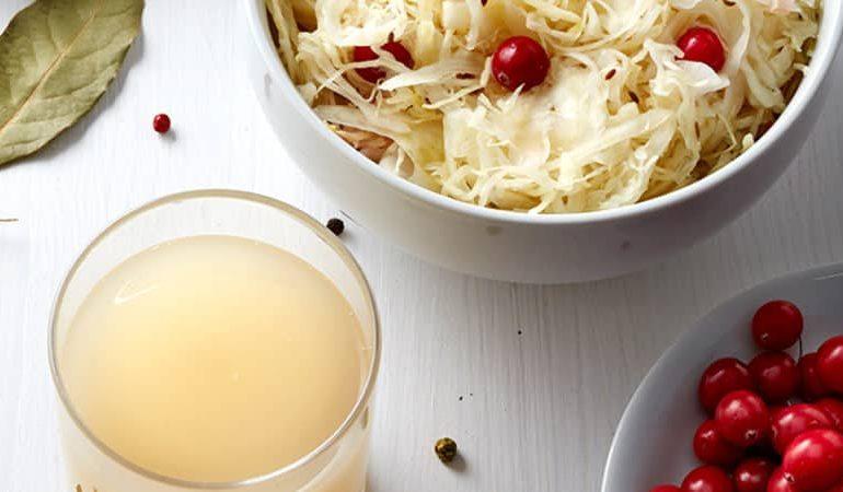 Сок квашеной капусты: полезные свойства