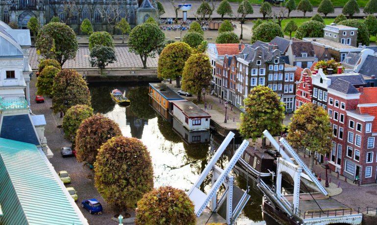 Нидерланды, Мадюродам: город на ладони