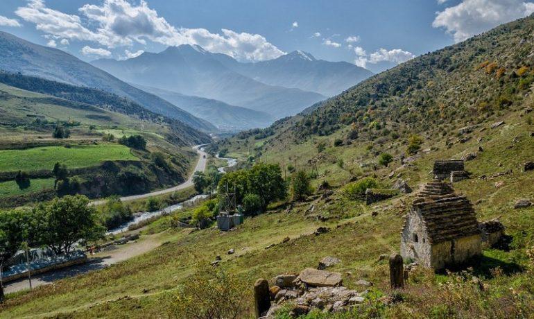 Отдых в Куртатинском ущелье Северной Осетии, Алании