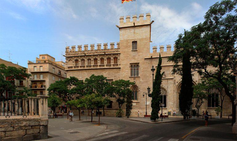 Лонха-де-ла-Седа - памятник Юнеско в Испании
