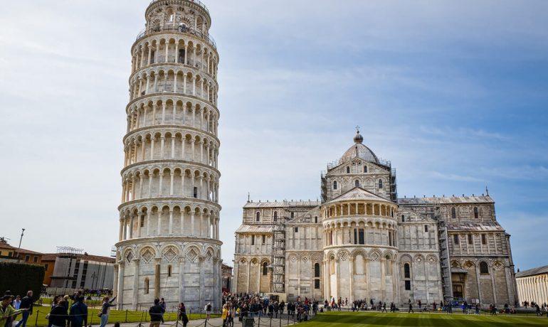 Достопримечательности, которые несут большую опасность для туристов