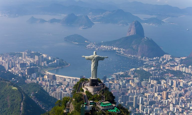 Бразилия: страна самбы, солнца, футбола и добродушных людей