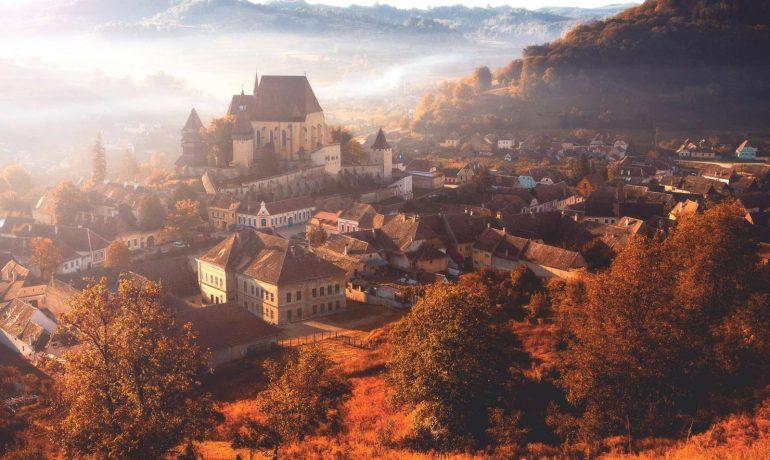 Идеи путешествий для романтиков: ТОП-11 самых романтических мест Румынии