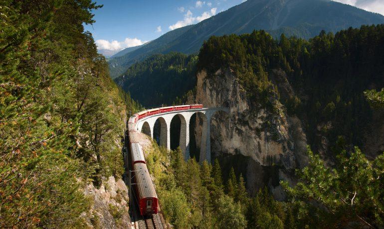 Ретийская железная дорога в культурном ландшафте Альбулы и Бернины, Швейцария