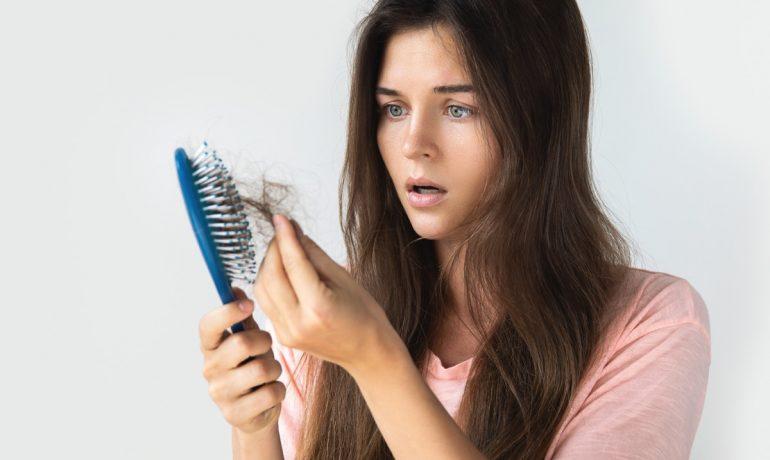 Каковы причины выпадения волос