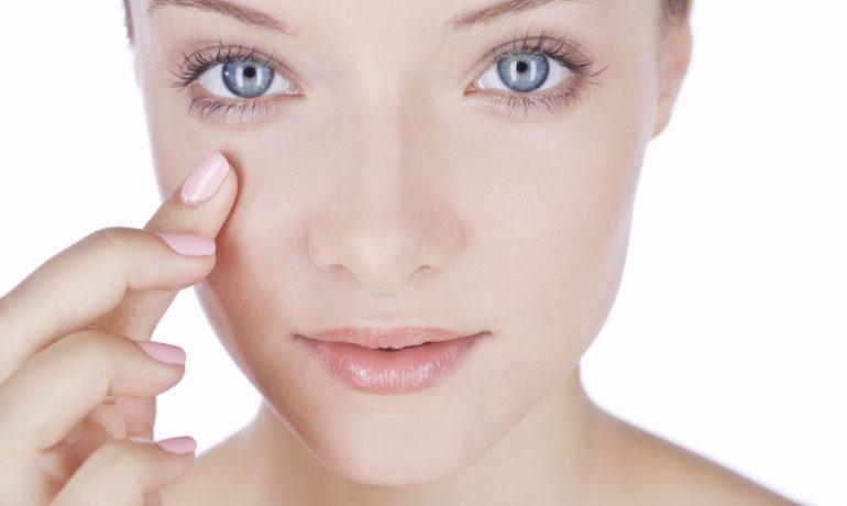 Опухшее лицо: причины и домашние средства от отёка